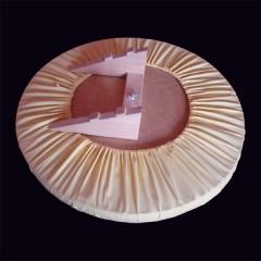 Kulatá placka klobouková s trojúhelníkem
